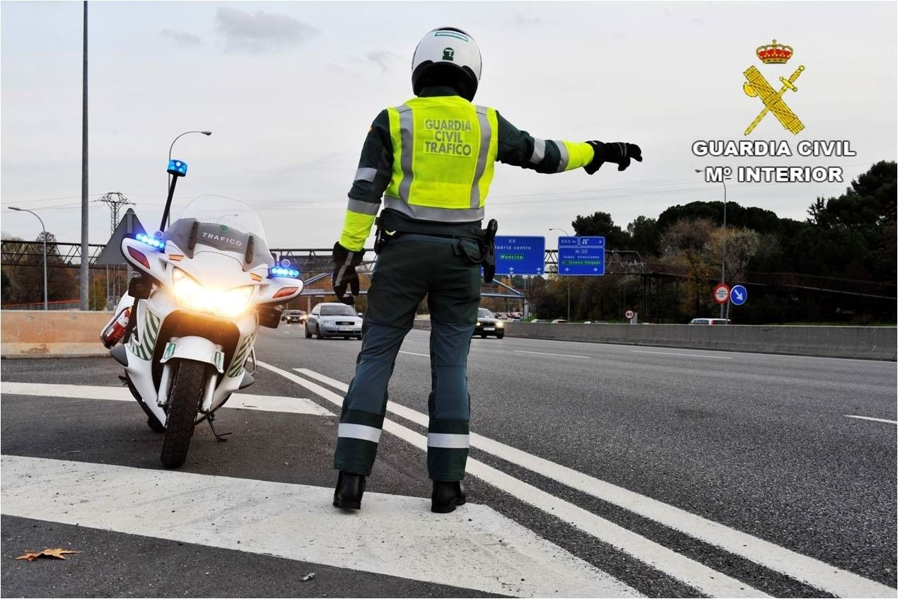 Guardia Civil Tráfico accidente